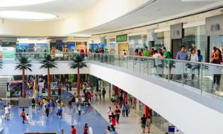 Por qué tener tu franquicia en un centro comercial